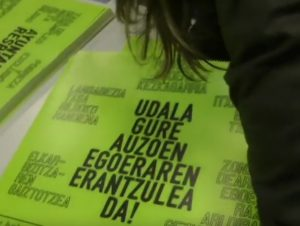 Peticiones al ayuntamiento-pegada de carteles
